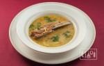 Перловый суп с копчеными ребрышками