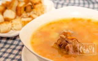 Как приготовить гороховый суп с копченой грудкой