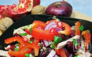 Салаты с копченой колбасой и болгарским перцем: 4 лучших рецепта