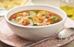 Бобовый суп с копченостями