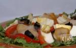 Салат с кетой холодного копчения