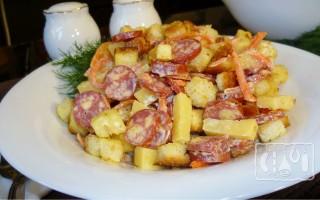 Готовим охотничий салат с копченой колбасой