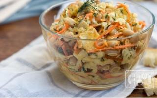 Готовим салат с морковкой и копченой колбасой