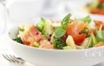 Салат с копченым палтусом холодного копчения