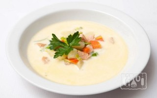 Суп с копченым лососем