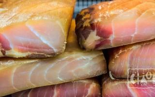 Копчение тунца: холодный и горячий методы