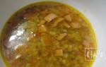 Гороховый суп с копчеными сосисками или сардельками