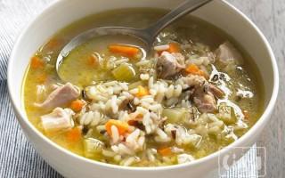 Суп с копченостями и рисом