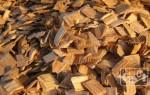Чем коптить сало: древесина, щепа, опилки