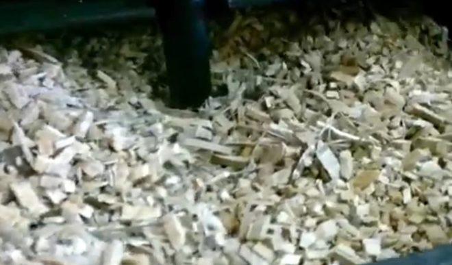 Опилки и щепа в дымогенераторе