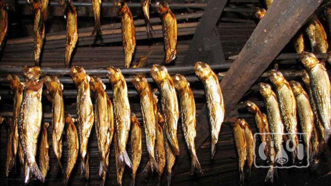 Хранение копченой рыбы на чердаке