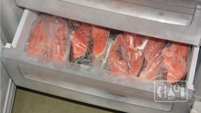 Хранение лосося в холодильнике