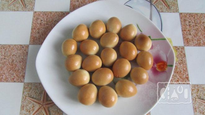 Копченые перепелиные яйца