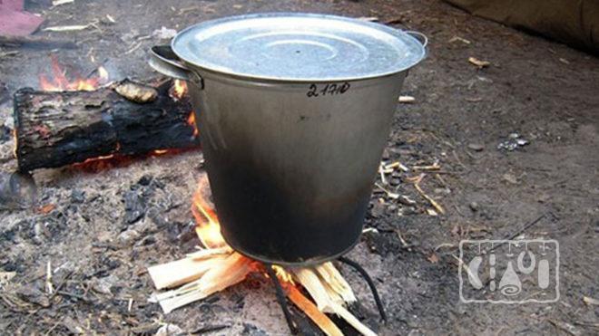 Коптильня горячего копчения из ведра