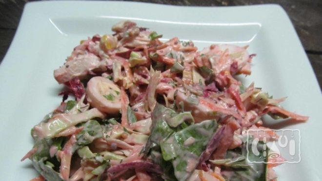 Как сделать салаты с копченым мясом