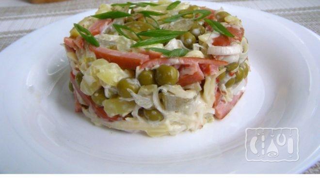 Рецепт салата охотничий с копченой колбасой