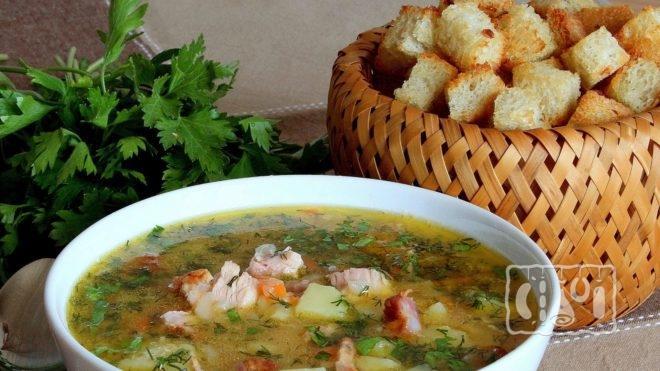 Как приготовить гороховый суп с копченой грудинкой