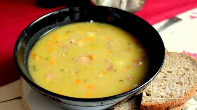 Рецепт горохового супа с копчеными ребрышками из мультиварки