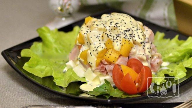 Рецепт салата с яйцом и копченой колбасой