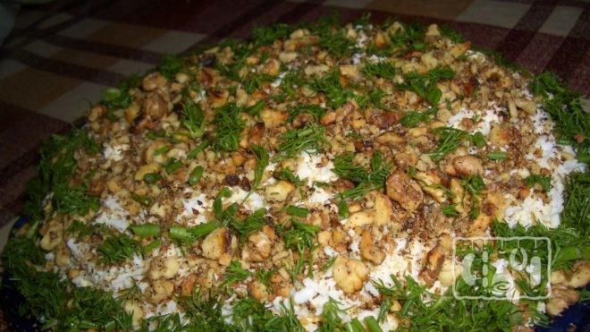 Рецепт вкусного салата с копченой скумбрией