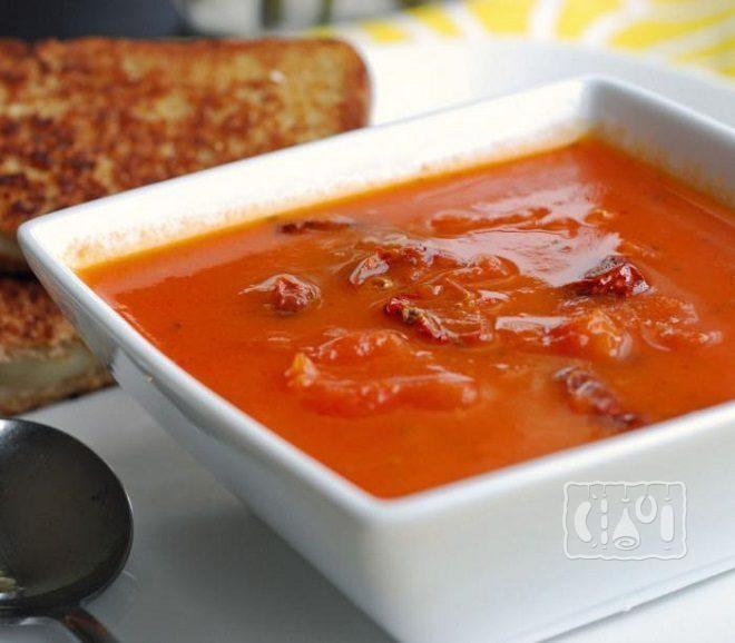 Суп с курицей и томатами