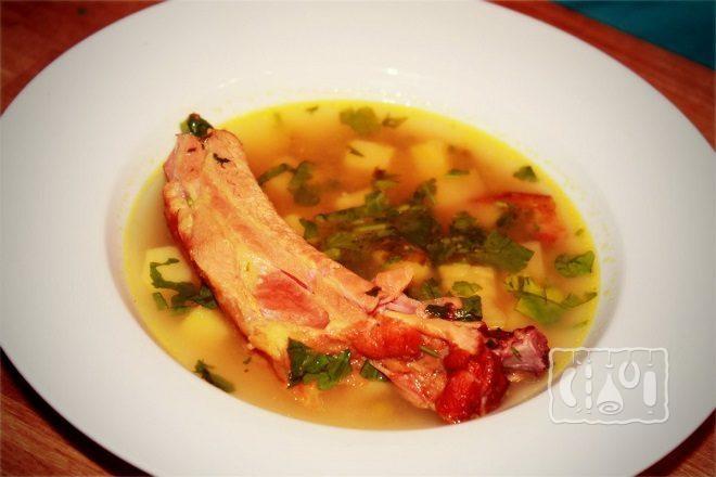 Суп из перловки и копченостей